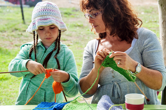 Primary parent-knitting
